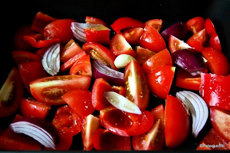 Paahteinen tomaatti-paprikakeitto | TehoPaleo -reseptit 2/15