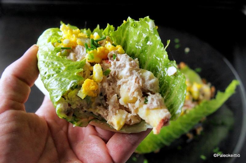 Salaattikääröt tonnikalatäytteellä | TehoPaleo -reseptit 2/15