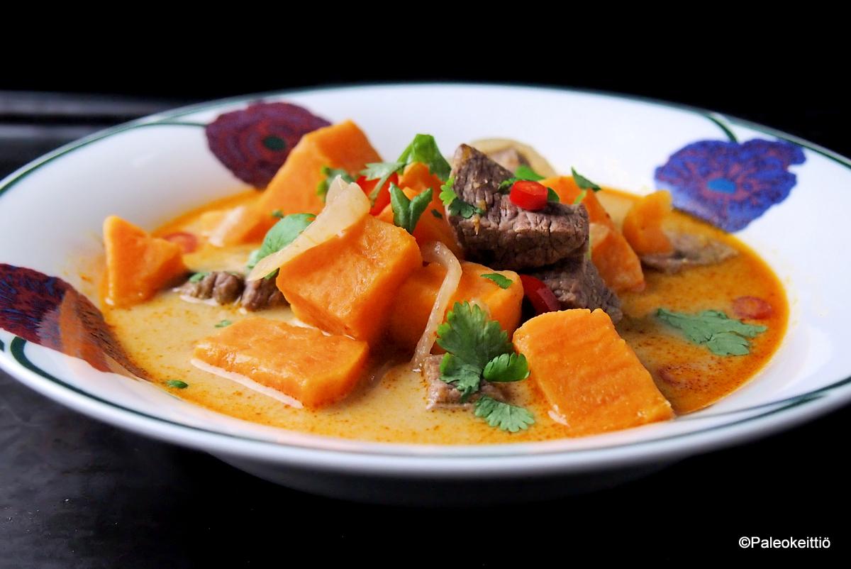 Simppeli aasialainen lihasoppa | TehoPaleo -reseptit 2/2015