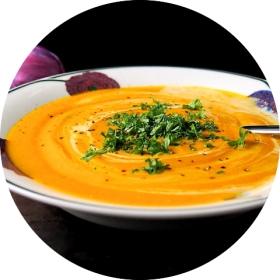 Thaimaalainen porkkanasosekeitto_opt