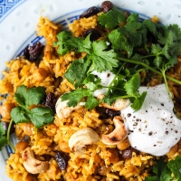 Intialainen riisipata pistää lempeästi potkua talveen